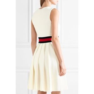a6890e27fa3 Gucci Dresses - NEW! Gucci Off White Pleated Jersey Dress